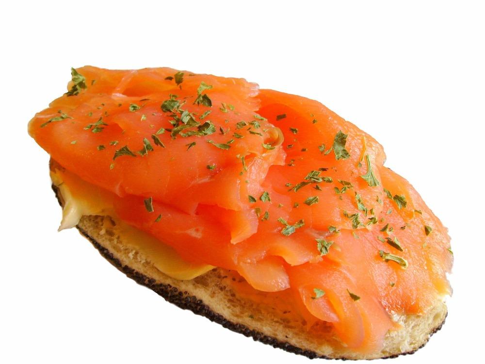 salmon-bun-1131_1920